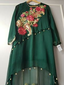 Designer-Pakistani-Suit-khaadi-sana-safinaz-charizma-Gul-Ahmed-sobia-nazir-maria