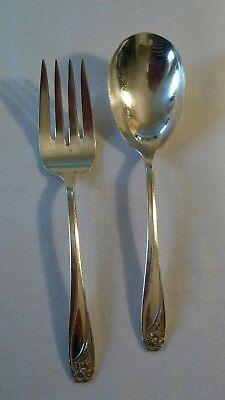 DAFFODIL Serving Fork Meat Fork 1847 Rogers Bros Vintage 1950 Silverplate