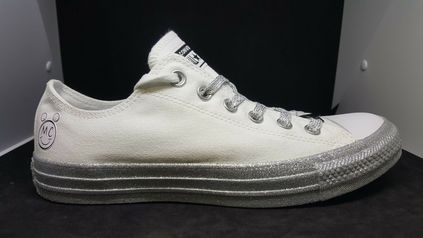 Converse Miley Cyrus Chuck Taylor low Weiß Silber 162238C Größe 8.5