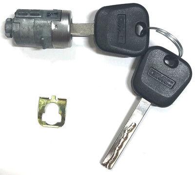2 GM Logo Keys Express Savana Van 08-14 OEM Ignition /& Pair Door Lock Cylinders