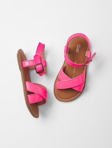 Toddler Girl Size US 8 EU 25 Pink Patent Leather Sandals Flats Shoes GAP Baby