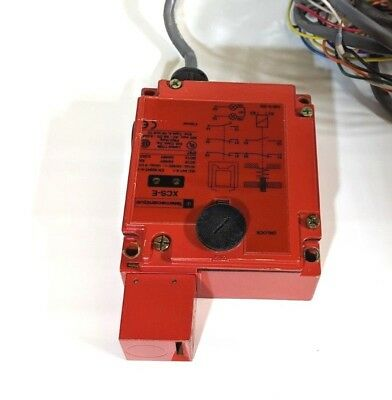 Telemecanique XCS-E7313 Safety Interlock Switch XCSE7313 EN 60947-5-1 071961