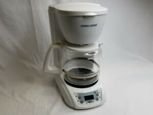 Black-and-Decker-DLX1050W-12-Cups-Coffee-Maker-White