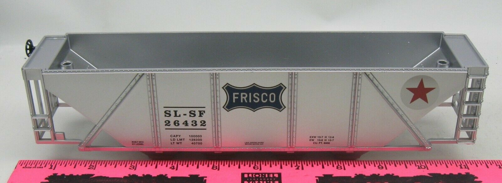 Lionel  26432 Frisco 4-bay hopper Shell