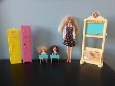Paquete De Barbie Maestra