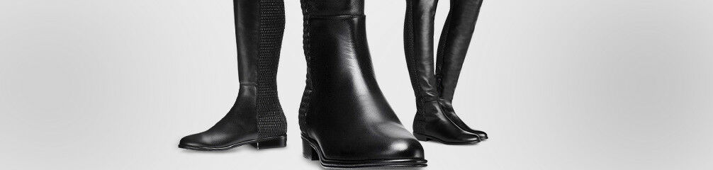 625b9e0fd3c Stuart Weitzman Women s Boots for sale