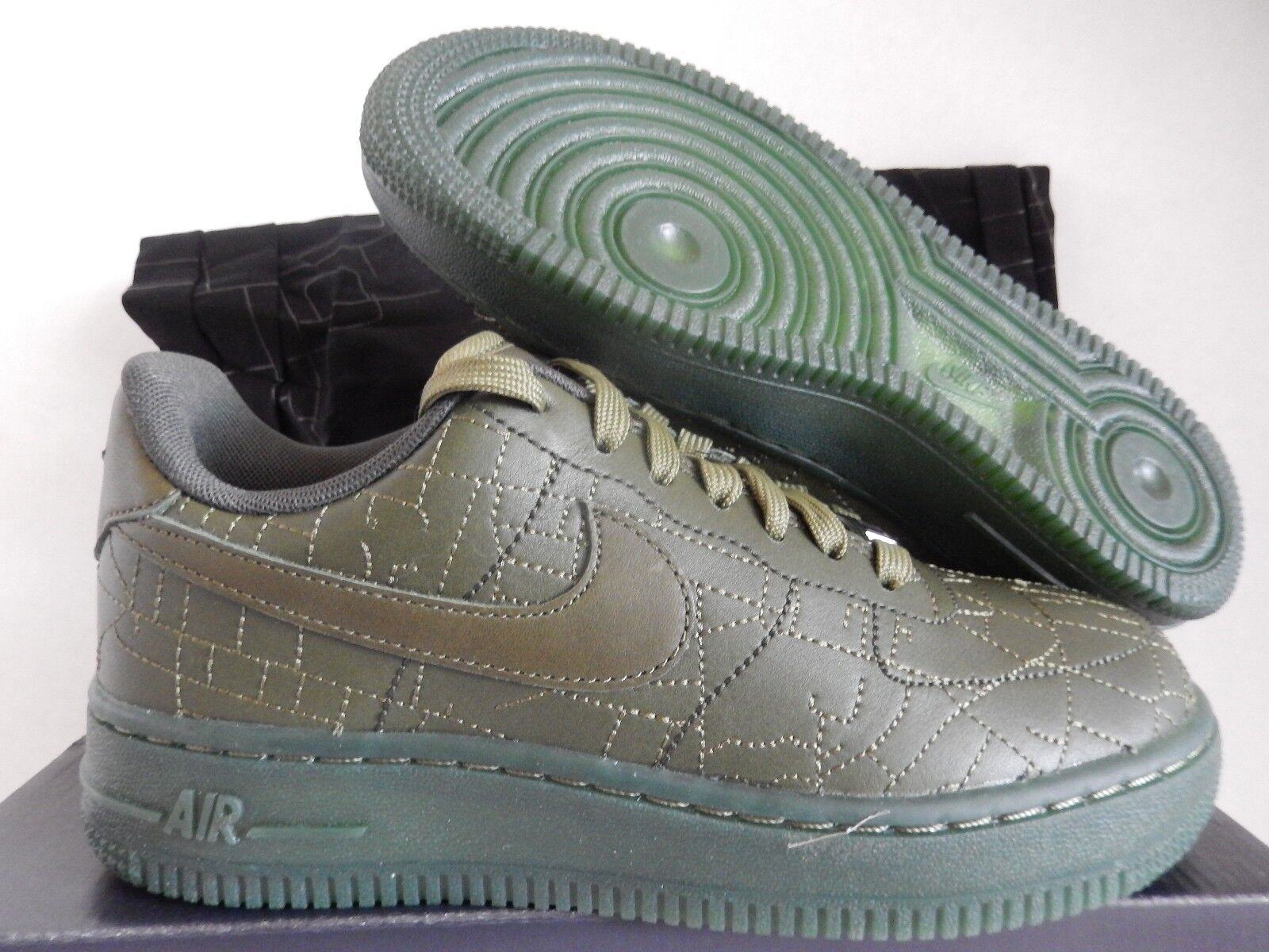 WMNS NIKE AIR FORCE 1 07 FW QS