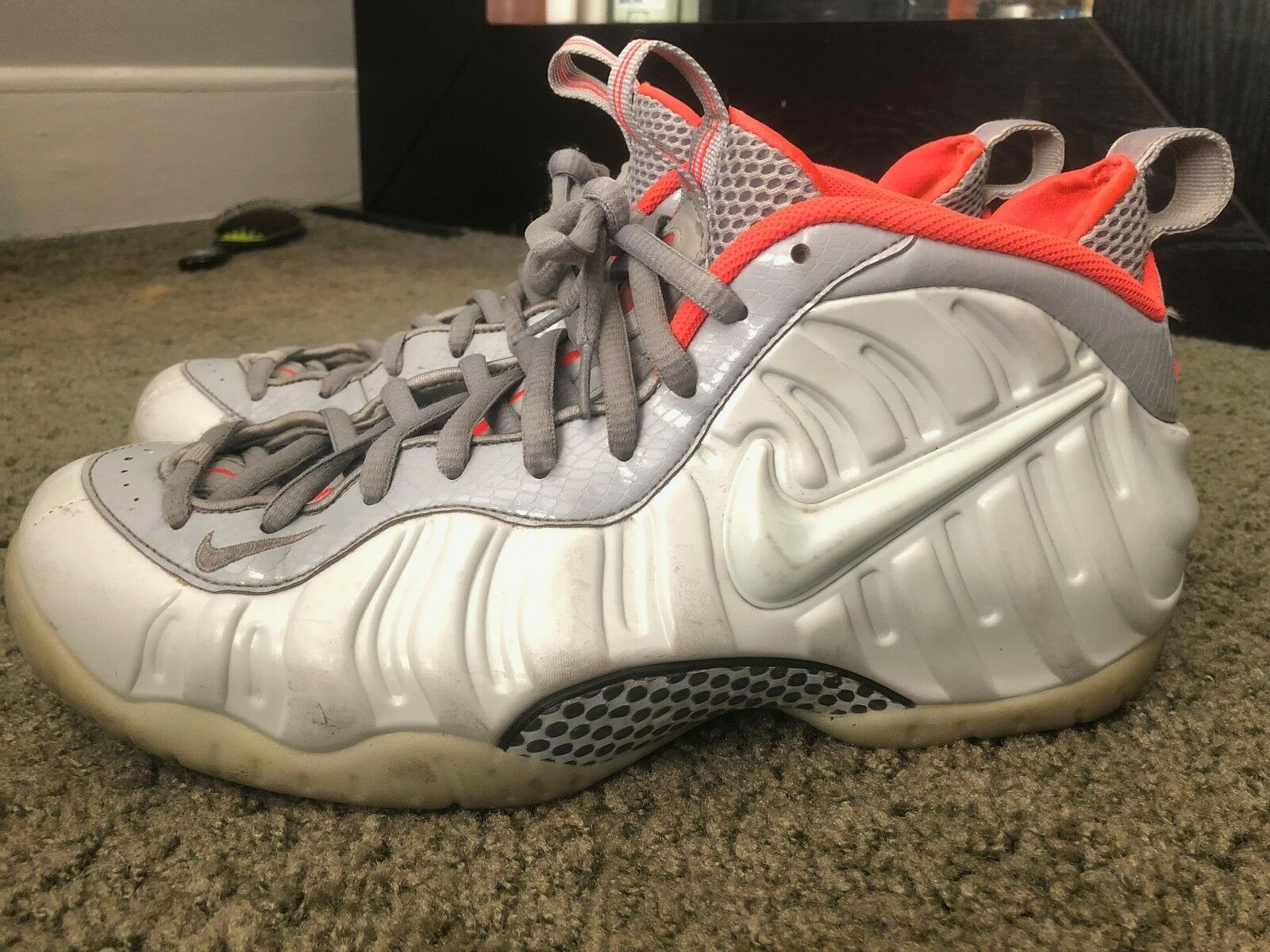 Nike Foamposite Platinum Size 11.5  Cheap and fashionable