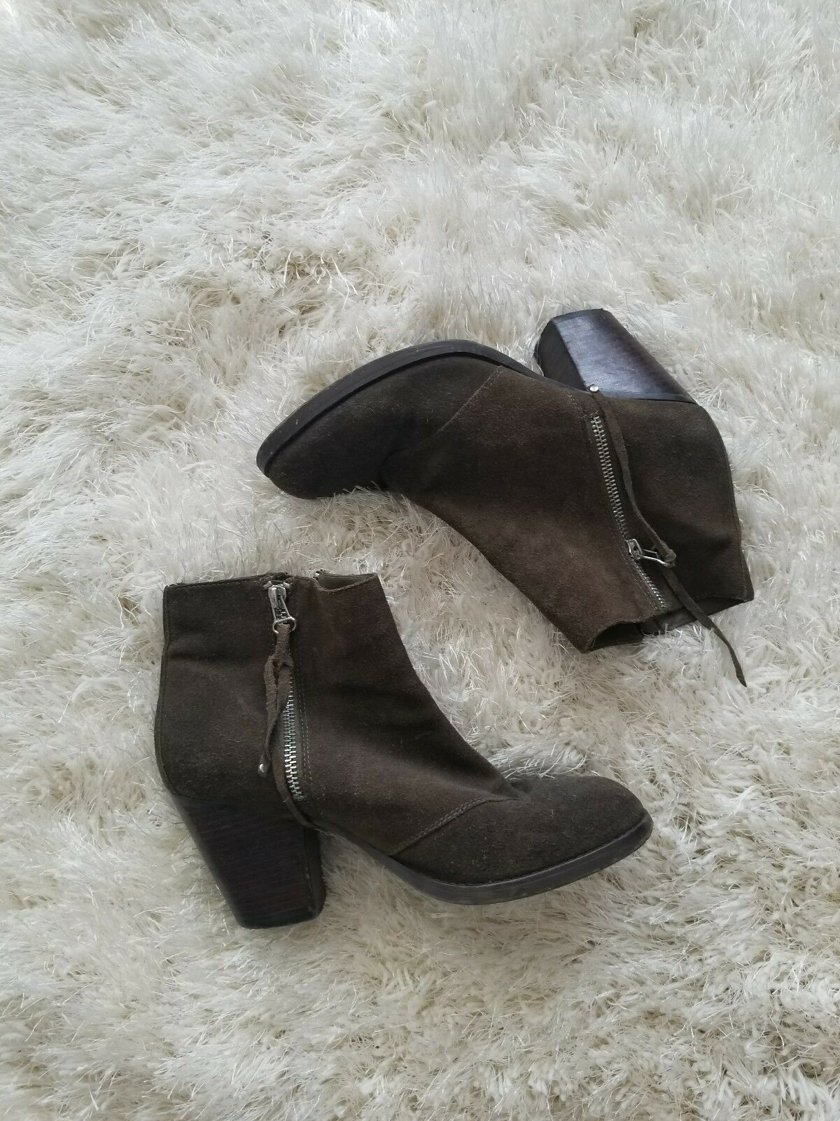 Olive Green shoesmint Bootie Size 9