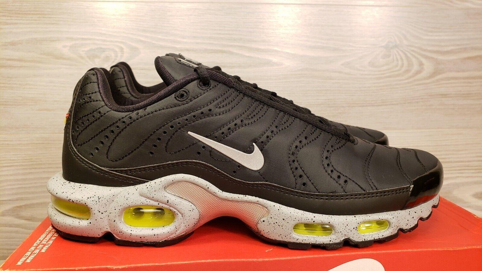 Plus Max Air Nike PRM Black 9.5 Size 815994 003 Silver Grey