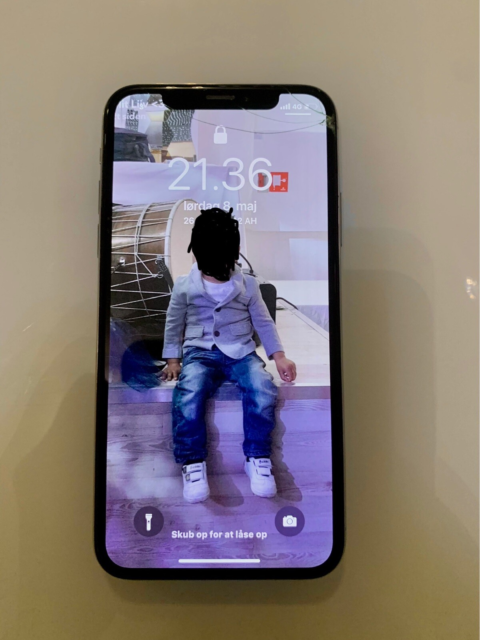 iPhone X, 64 GB, iPhone x Gold  •Face id virker ikke, men…