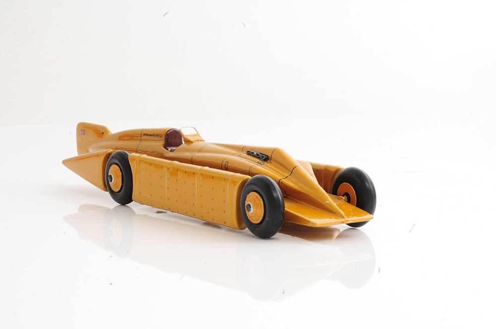 Bravo Delta golden Arrow Car, World Speed Record. Scale 1 35