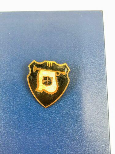 Vintage Goldtone Shield Coat of Arms Pin Enamel Fa