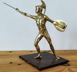 Soldat-Grec-ou-Romain-en-Bronze-Laiton-dore