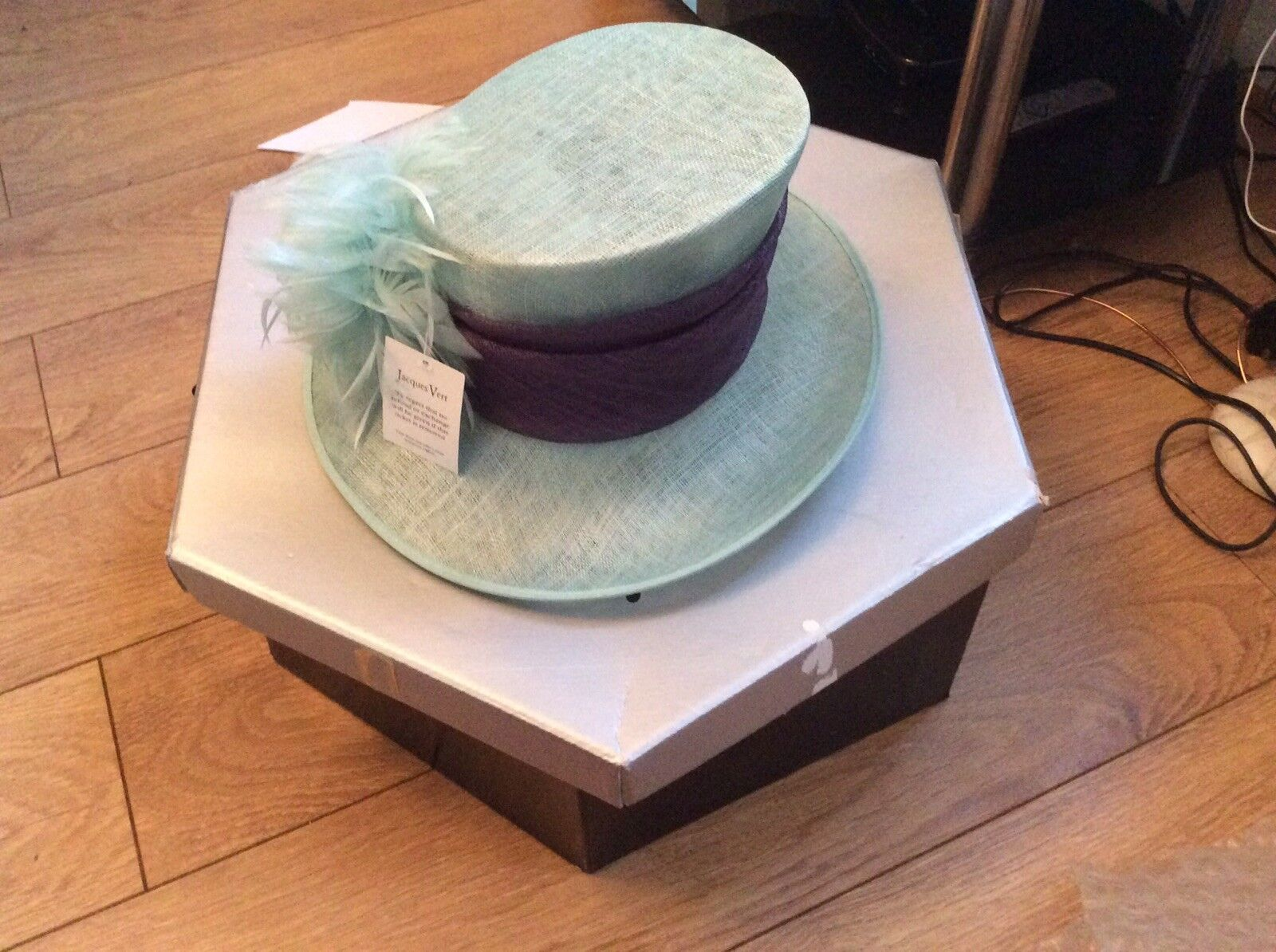 Jacques Vert Dusty Plum And Mint Green Feather Formal Hat Bnwt With Hat Box Hols