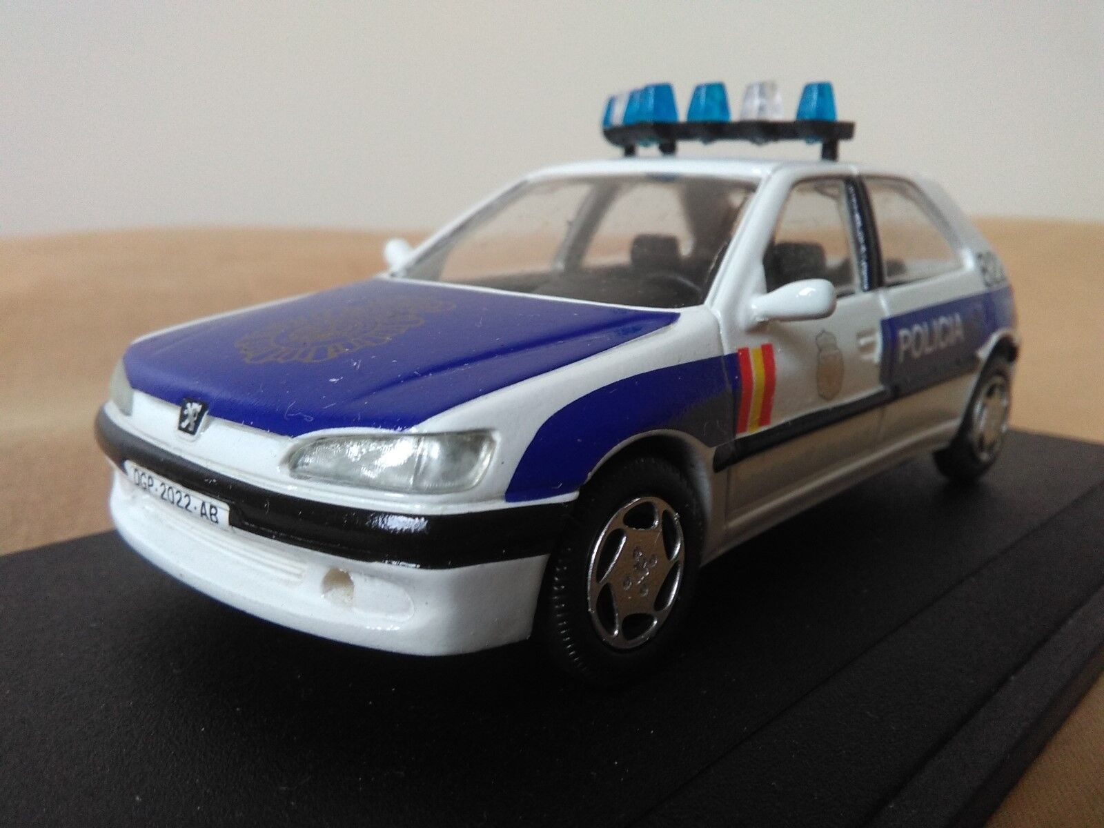 Old miniature 1 43 scale Carr rs020 peugeot 306 1999 091 national police