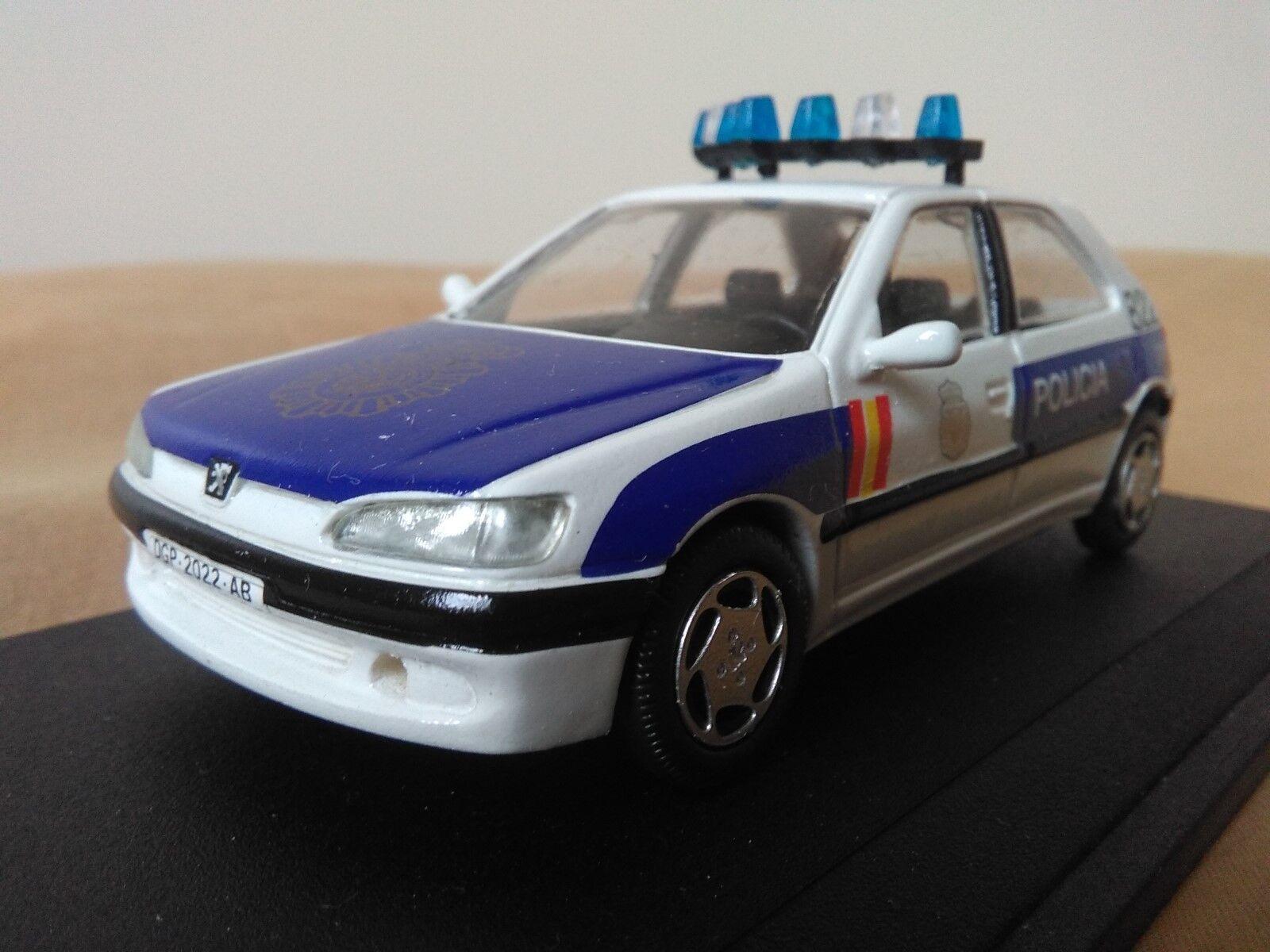 estar en gran demanda Antigua miniatura 1 43 Scale Cocher Cocher Cocher RS020 Peugeot 306 de 1999 Policía Nacional 091  tienda en linea