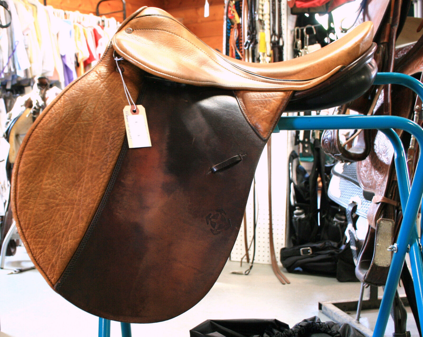 USED Courbette Marschall Dressage Saddle - 17