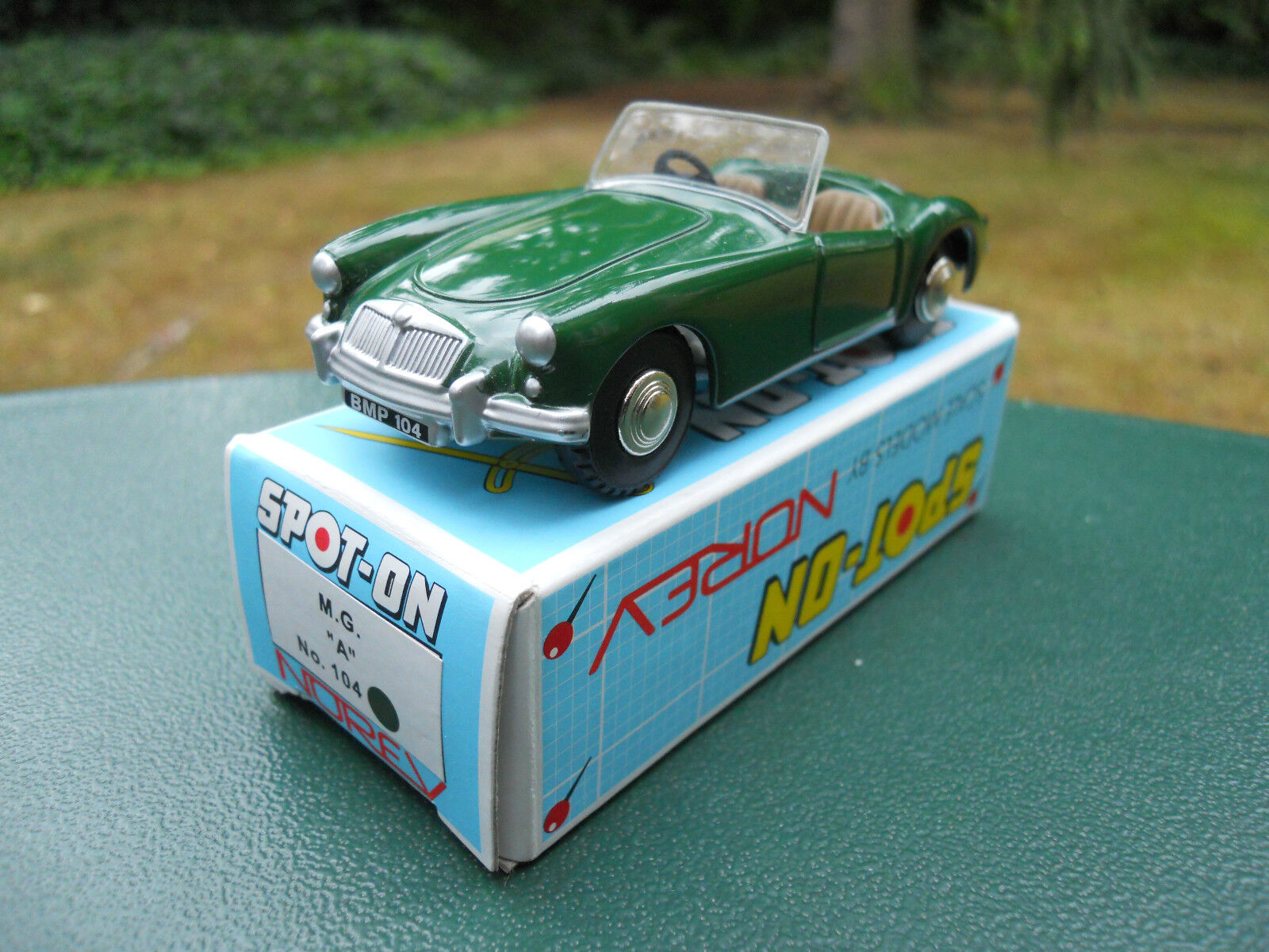 NOREV SPOT-ON N° 104 MG   A   MINT IN BOX