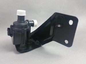 Original-Audi-Q3-8U-A4-A5-Q5-Kuehlmittelpumpe-Zusatzwasserpumpe-06H121601M