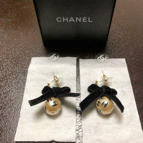 Authentic Chanel Vintage Earrings Coco CC Logo Tra