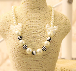 Black and white striped bow children/'s necklace girls accessories sweater chain