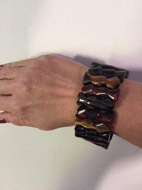 Genuine Carved Red, bluee & golden Tiger's Eye Puzzle Stretch Bracelet 8.5 Inch