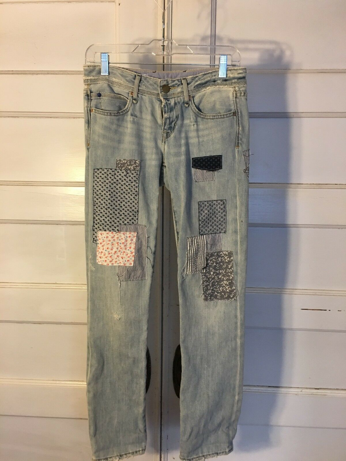 GAP PATCHWORK 1969 JEANS, STRAIGHT LEG SZ 25 GREAT FOR SPRING & FREE SHIPPING