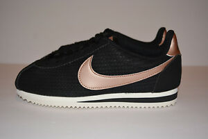 Nike Women's Classic Cortez Leather Lux Sneakers Black [Size