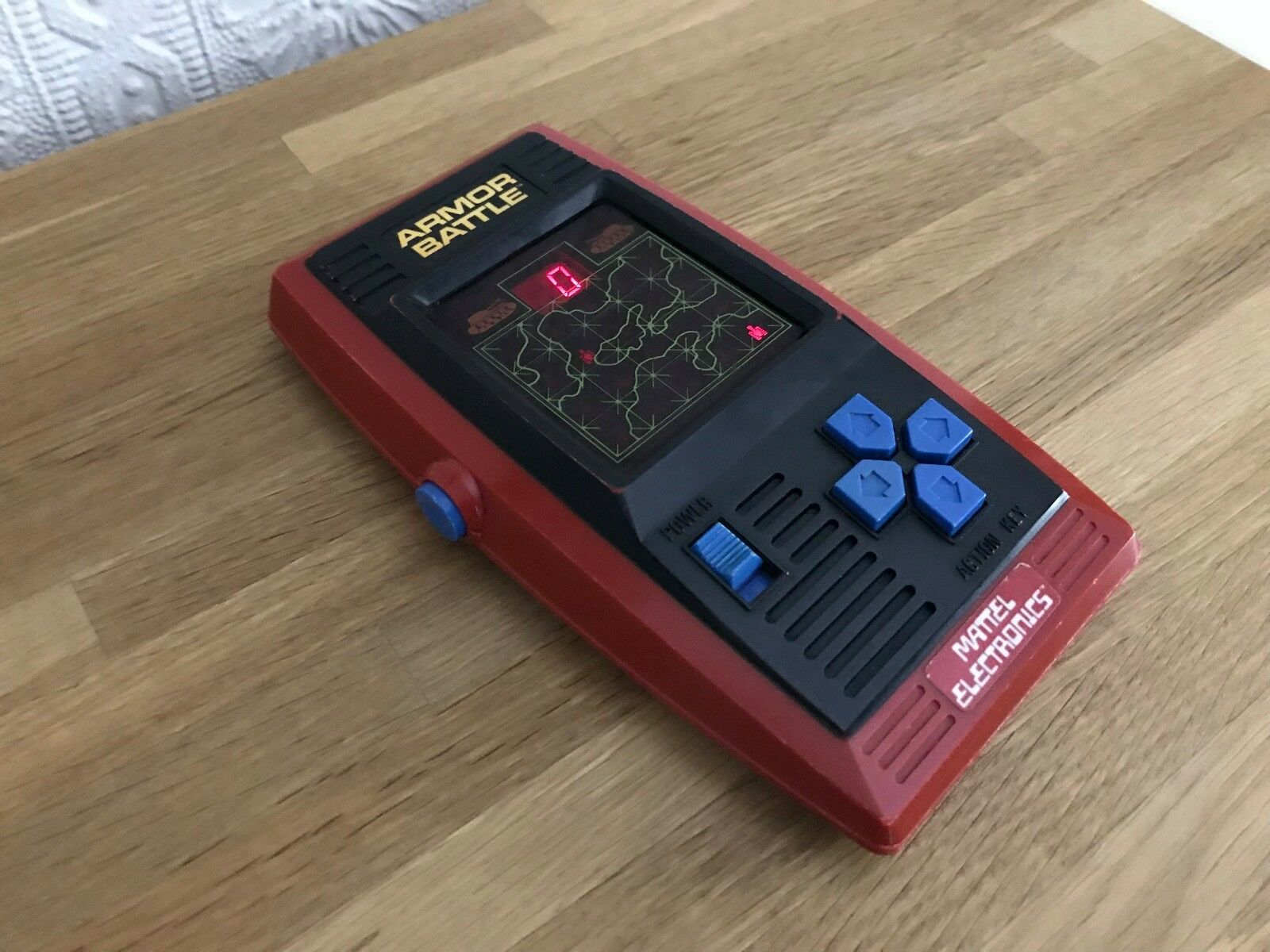 Very Rare Mattel Armor Battle Vintage 1978 LED Handheld Electronic Game