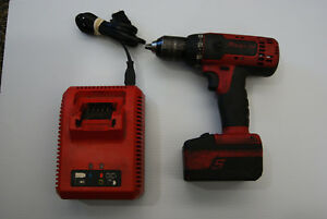 Snap-On-CDR8815-1-2-034-Cordless-Drill-w-Charger-and-Battery-Pack