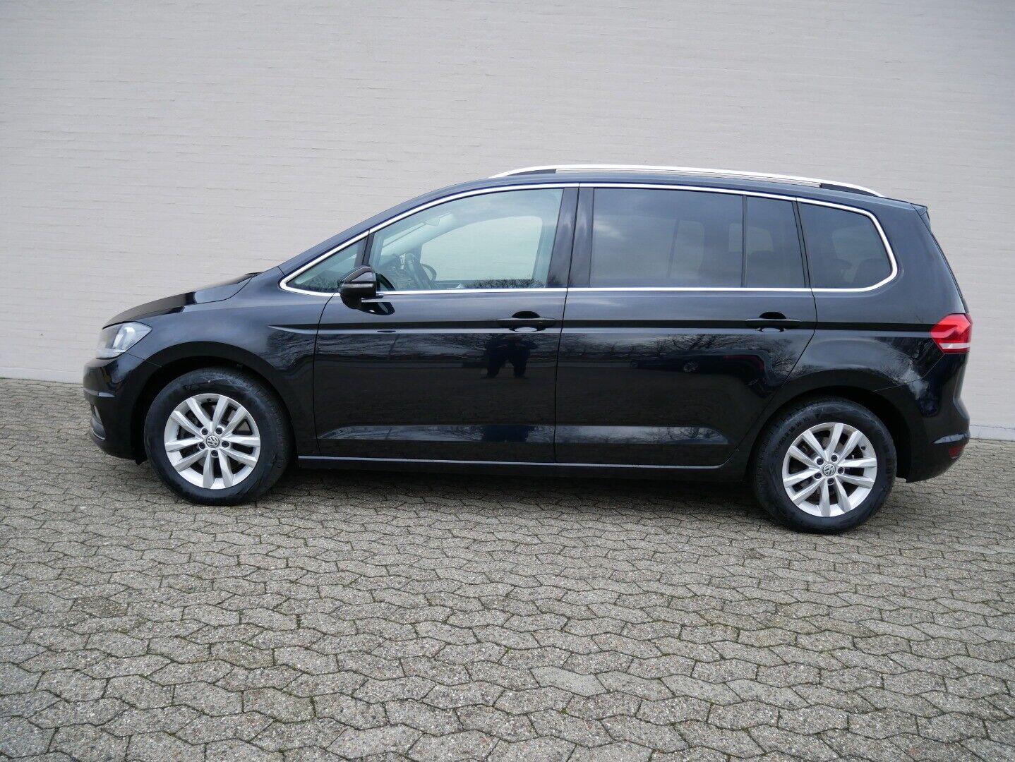 VW Touran 1,6 TDi 115 Highline DSG 7prs 5d