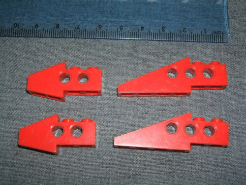 LEGO Technic 4 X Pendenza WING trave//a forma di Mattoni con fori rosso N 2744