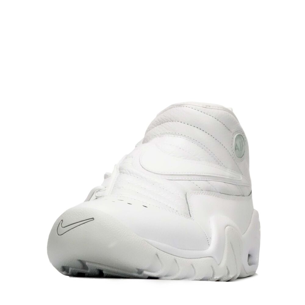 Nike Baskets Air secouer ndestrukt Homme Baskets Nike Triple Blanc 227d03