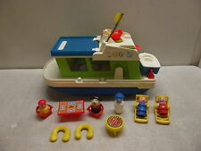 VINTAGE FISHER PRICE LITTLE PEOPLE PLAY FAMILY HOUSEBOAT HOUSE BOAT 985 COMPLETE