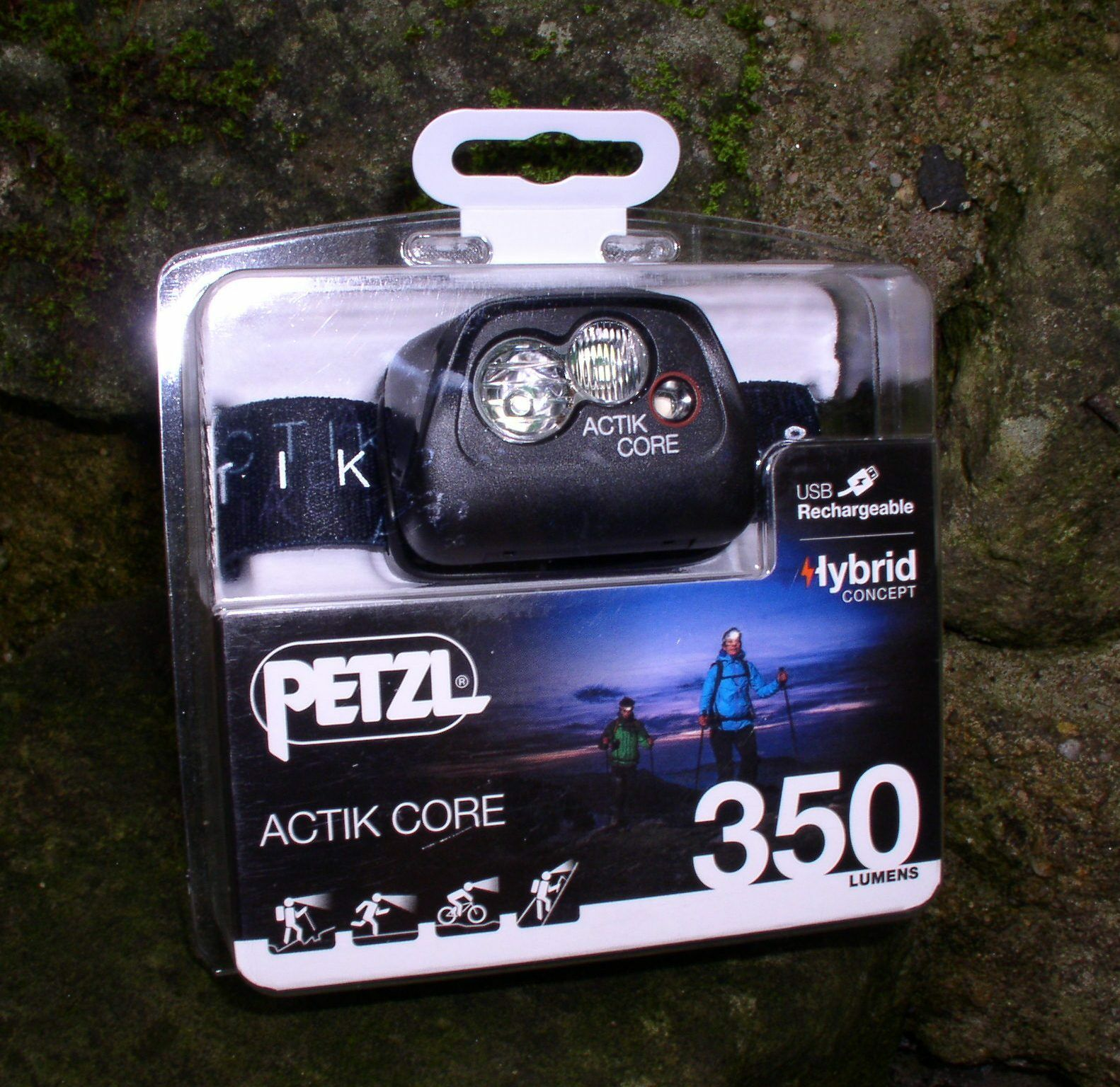 Petzl Actik Core - Aktive Stirnlampe in schwarz - 350 Lumen Kopflampe Headlight