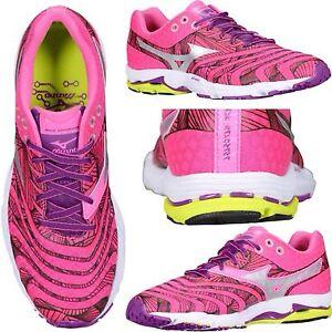 Mizuno e leggere basse Women Athletics leggere Sneakers In New Box Wave Sayonara Uqxr0wOU