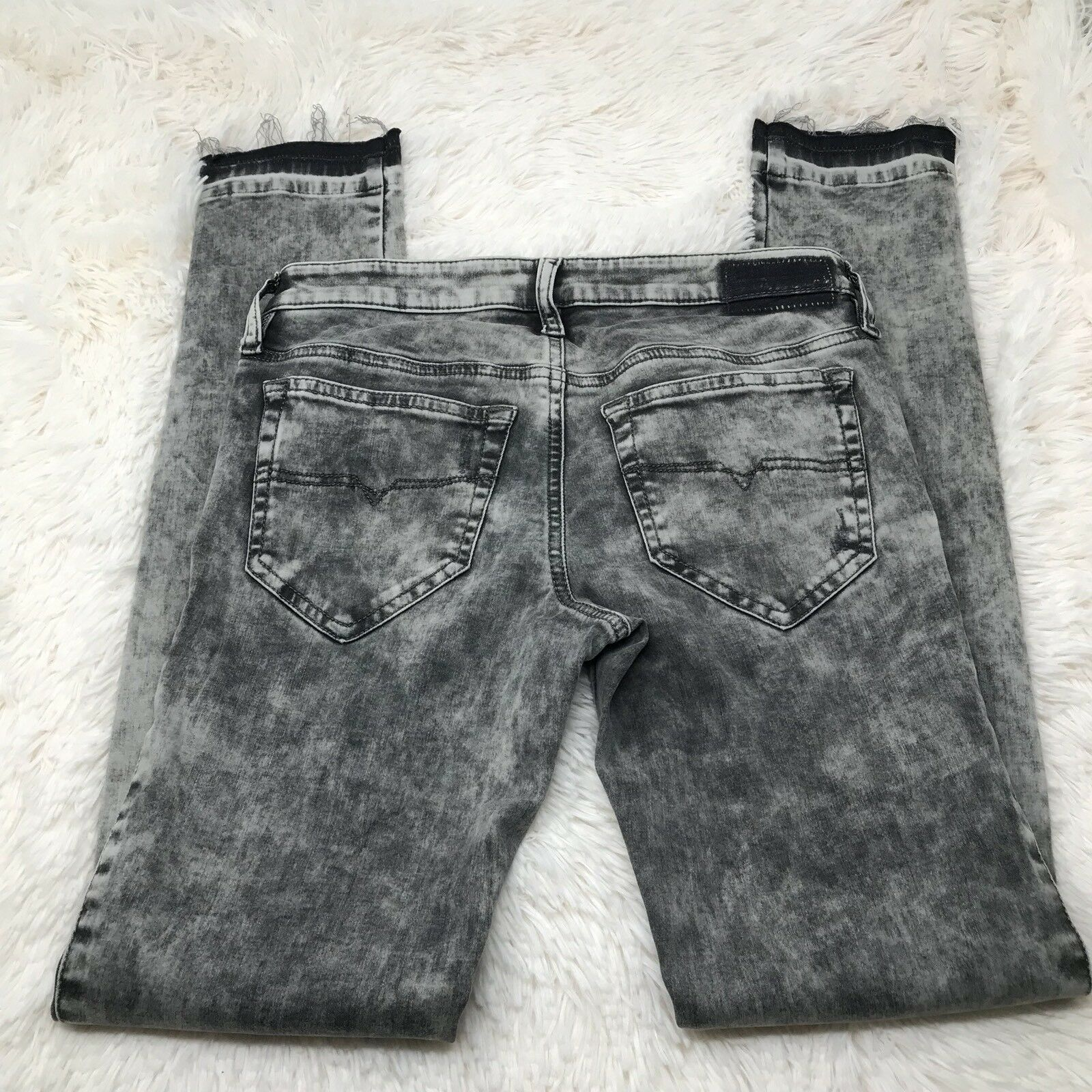 Diesel Skinzee Grey Jeans Size 26x30 Super Slim Skinny Regular Waist Raw Hem New