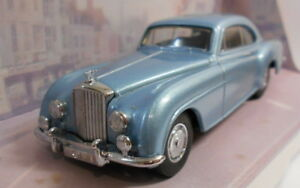 DINKY-1-43-SCALA-DIECAST-MODELLO-DY-13-1955-Bentley-039-R-039-CONTINENTAL-Blu