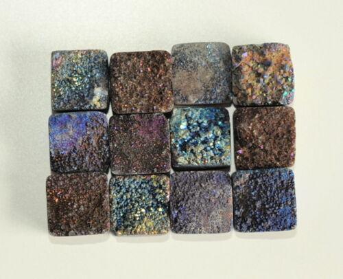 12 iridiscente montaña cristal drusos cuadrados 12 mm Eck taladrados fotos originales