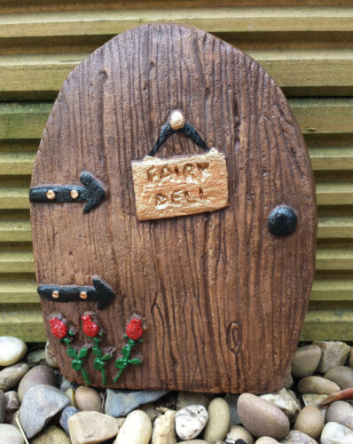 Handmade Frostproof Dell Fairy Door Home Garden Wall Plaques /& Optional Path