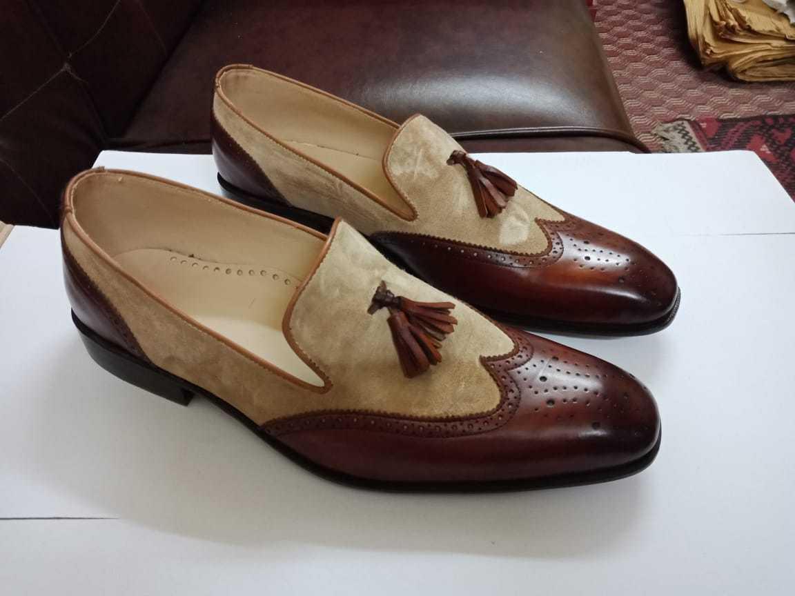 Arti fatti a mano Beige e scarpe a due  toni bruni, Men wingstip Tassel scarpe moccains  buona qualità