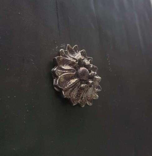 L03 Small Lead Tudor rose lead dormer lead flashing lead motif leadworking