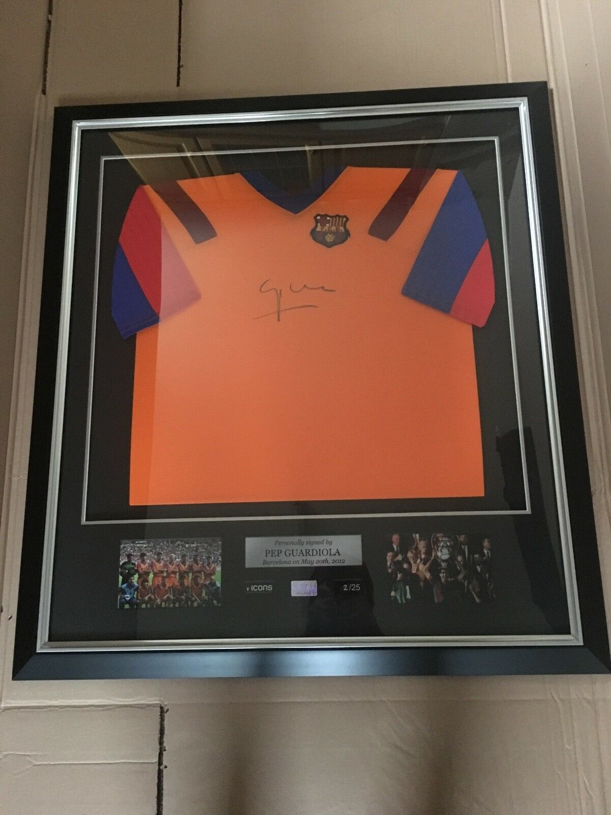 Pep Guardiola Enmarcado Firmado – – Barca Camisa – Equipo de Ensueño-Barcelona