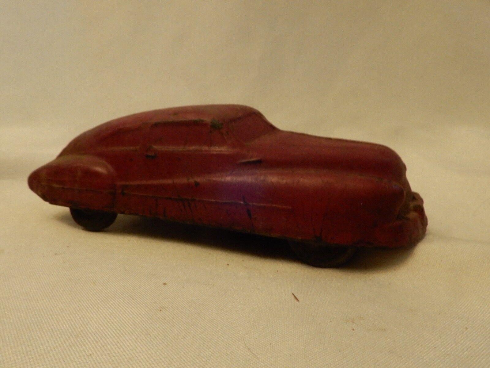 Das antike hard plastic - spielzeugauto rote roadster studebaker