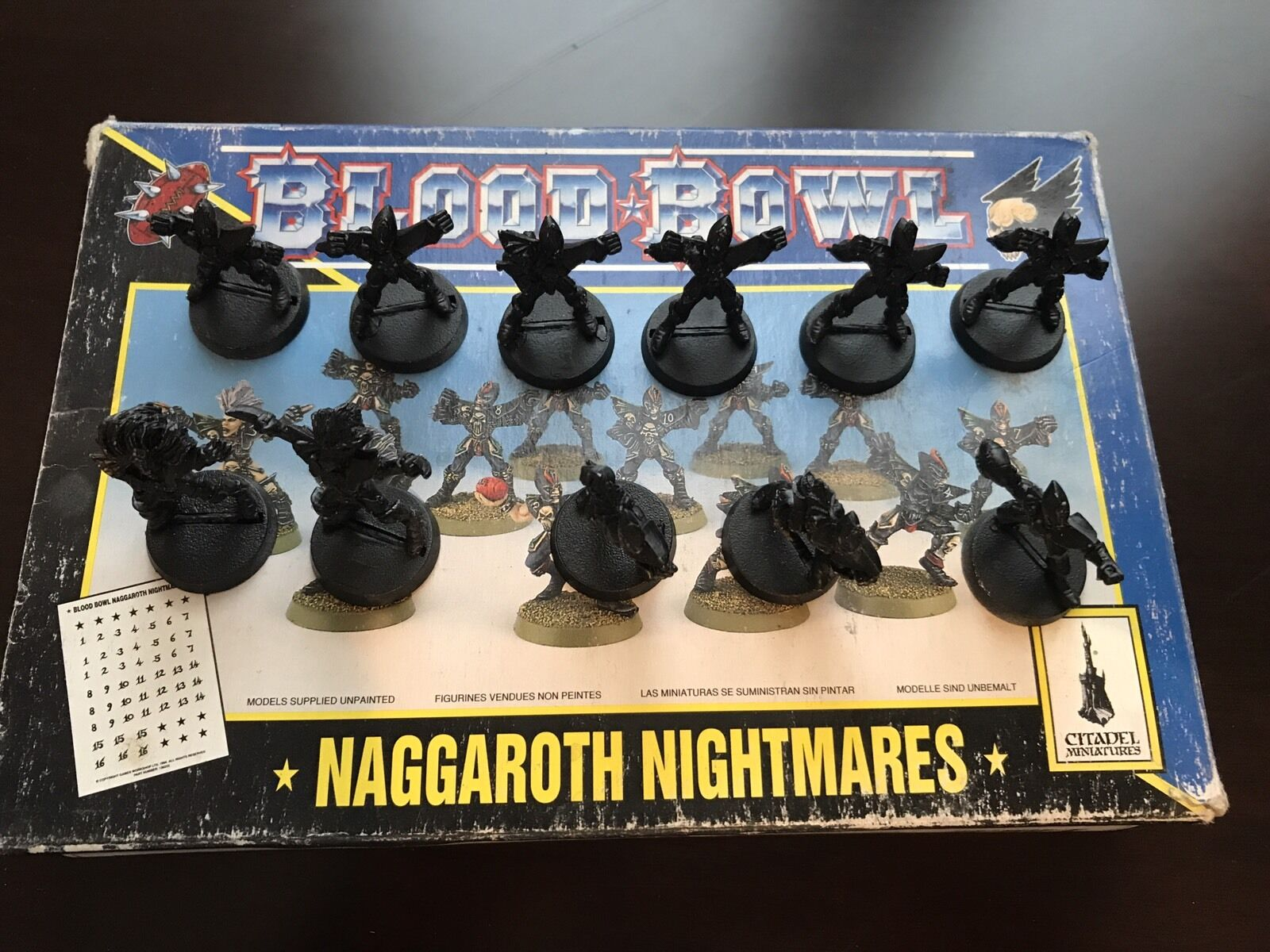 Blood Bowl - Naggarojoh Nightmares - Dark Elf Team Complete - Games Workshop