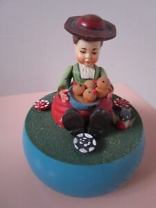 ANRI-ITAY-WOODEN-SCULPTURE-MUSIC-BOX-034-SHADOWS-OF-THE-NIGHT-034-GIRL-4-034-a3