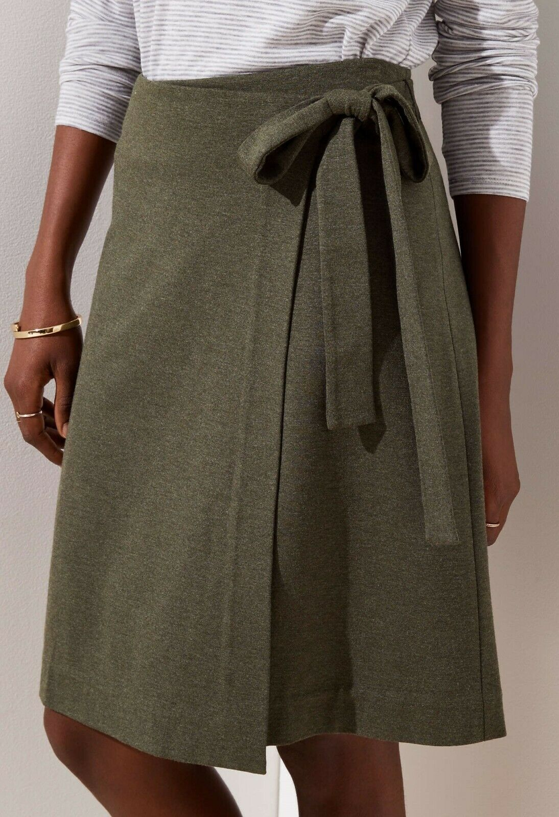 Ann Taylor LOFT Wrap Skirt Size Small Petite NWT Bold Olive color