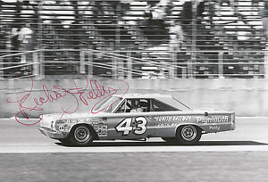 Richard-Petty-Hand-Signed-12x8-Photo-Daytona-500-Winner-6