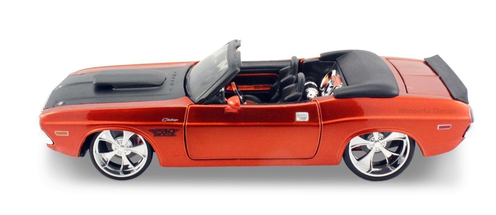 Maisto 1 24 1970 Dodge Dodge Dodge Challenger R T Diecast Model Sports Racing Car Vehicle b966dc